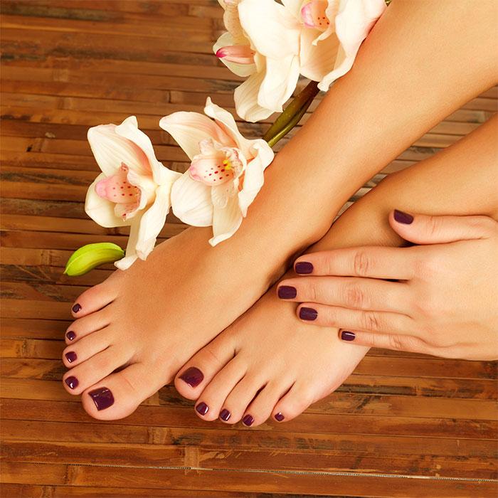 Красивые ступней женских ног